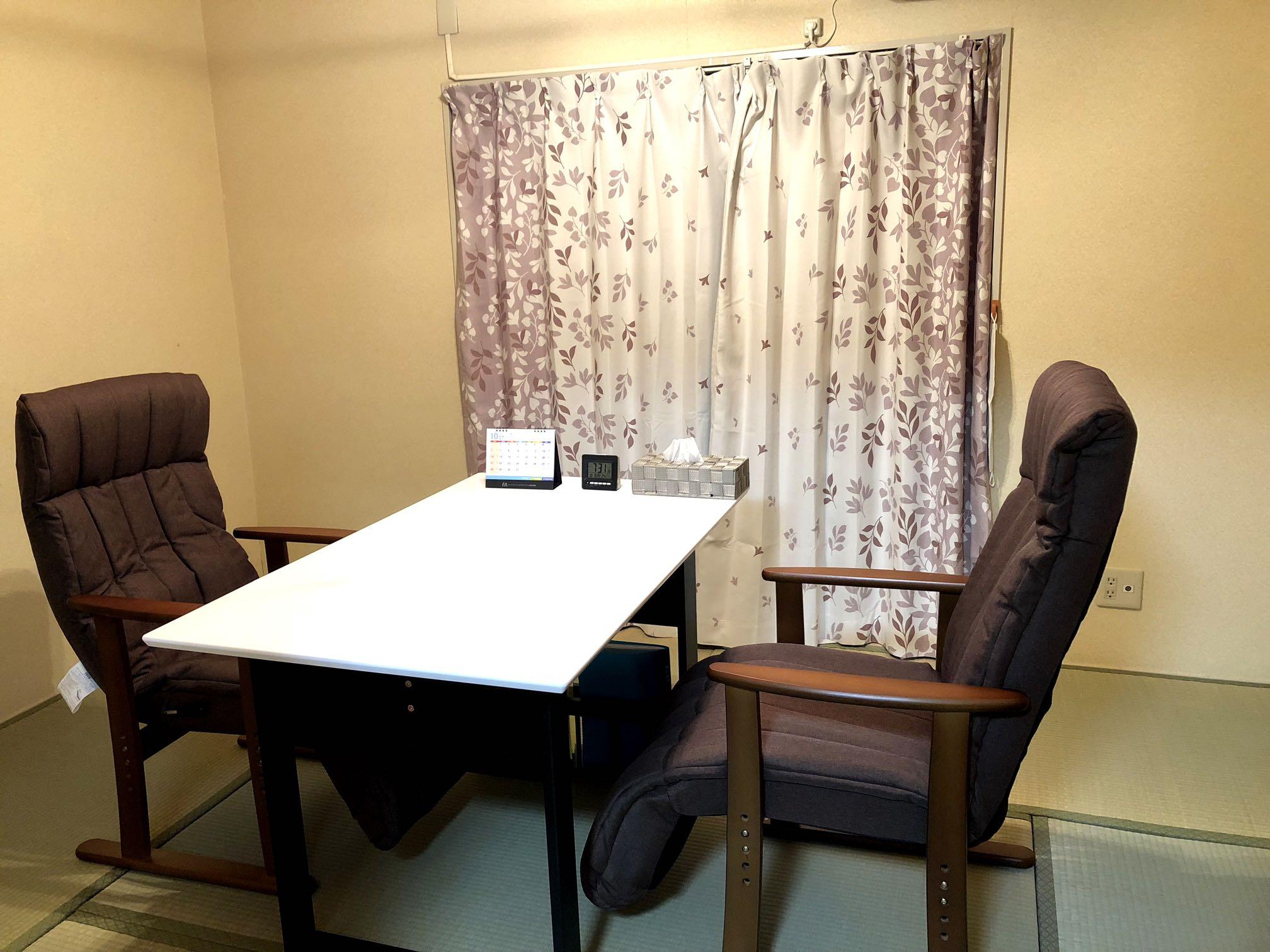 【高槻オフィス】室内の様子 1F相談室